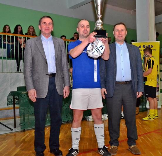 X Gminny Turniej Halowej Piłki Nożnej oPuchar Burmistrza Miasta iGminy Małogoszcz - zgłoszenia!