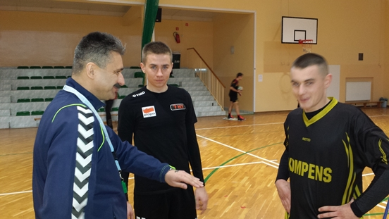 Małogoska Liga Siatkówki 2014/2015 - półmetek rozgrywek!